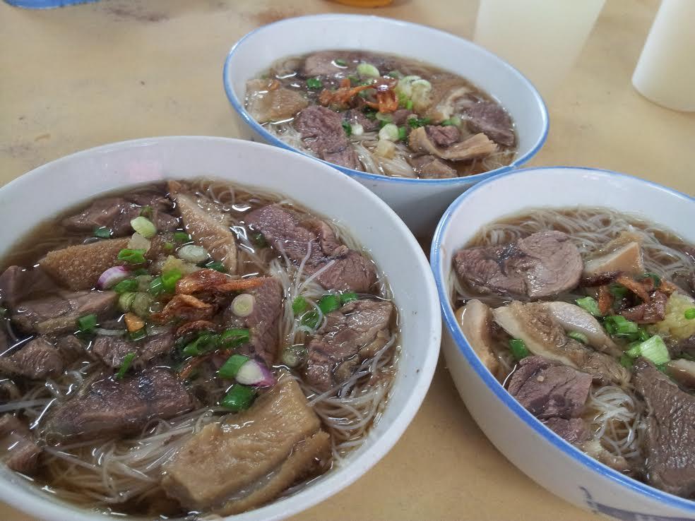 Tangkak beef noodles - take this